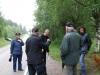 bymella-2009-21-juli-samling-utanfor-engstroms-for-vandring-i-ovre-asveden-foto-carina-eklund